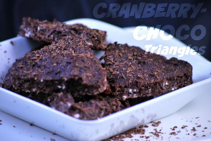 Čokoládovo-brusinkové trojúhelníčky